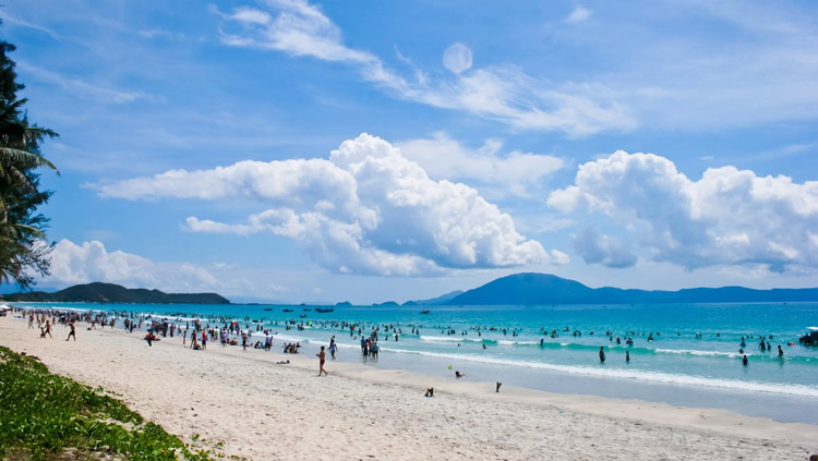 Vẻ đẹp của biển Hải Hòa