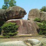 Sự tích hòn trống mái và núi Trường Lệ ở Sầm Sơn