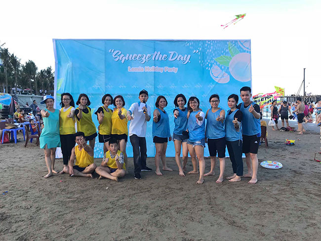 Du lịch Khát Vọng Việt tổ chức Teambuilding tại biển Hải Tiến