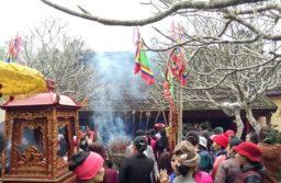Lễ hội được tổ chức tại đền Tô Hiến Thành